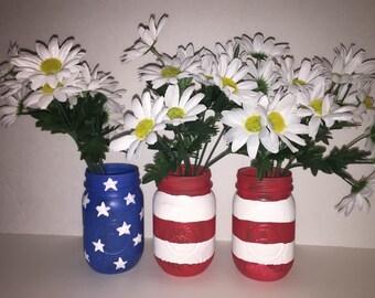 American flag centerpiece jars