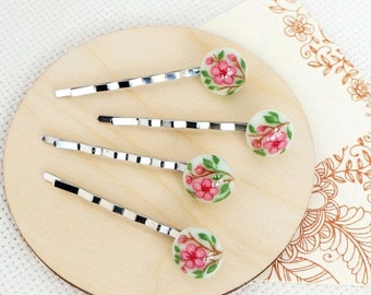 Hairpins with hand painted. Hairpins for girls. A set of pins. Hairclips. Hair ornaments. Fused Glass Jewelry. Oil painting. Cherry blossoms