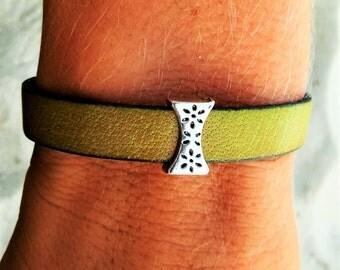 SALE! Olive Garden, Ladies Leather Bracelet, Olive Green Leather
