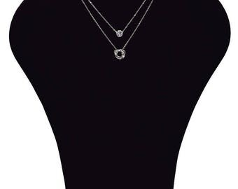 Necklace with 1 large cubic zirconia stone