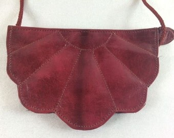Vintage Dark Red Shell Shaped Evening Purse Red Purse Elegant Evening Shoulder Bag Vintage Handbag