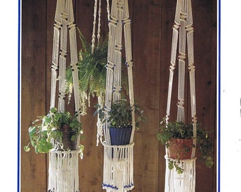 Vintage Macrame Plant Hanger PDF Pattern.Pattern Book.digital download.vintage pattern.macrame pattern.craft pattern.fiber art