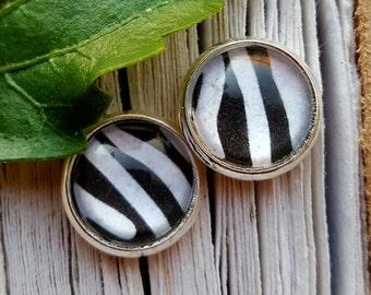 Zebra earrings rings studs black white animal print Zebra look 10 mm