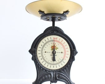 Kitchen Scale/EKS/Weighing Scale/Retro Kitchen/Mid Century/Rustic/Kitchenalia/Old kitchen scale