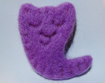 Purple sleeping cat brooch felting