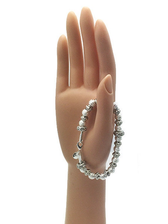 """BRACELET - Silver Beads, Very Pretty, 7 1/2"""" +FREE SHIPPING & Discounts*"""