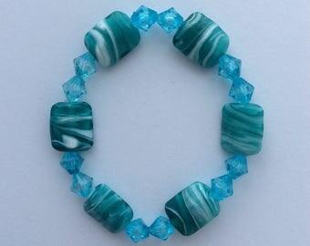 Turquoise beaded bracelet / turquoise jewellery / beaded jewellery / beaded gift