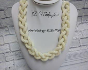 Lariat, beads, handmade.