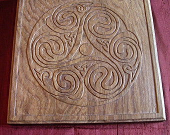 AR Menezeier: Woodcarving - Wood carving / Celtic tracery - Celtic knotwork