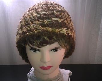 Reversible yellow and Brown wool Cap