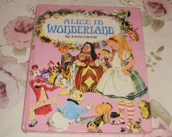 Vintage Alice in Wonderland 1968 Lewis Carroll Hard Back Illustrated World Distributors RARE Childrens Book First Edition ?