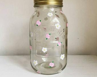 Hand painted daisy and rose kilner jar