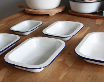 Enamel Dishes Set