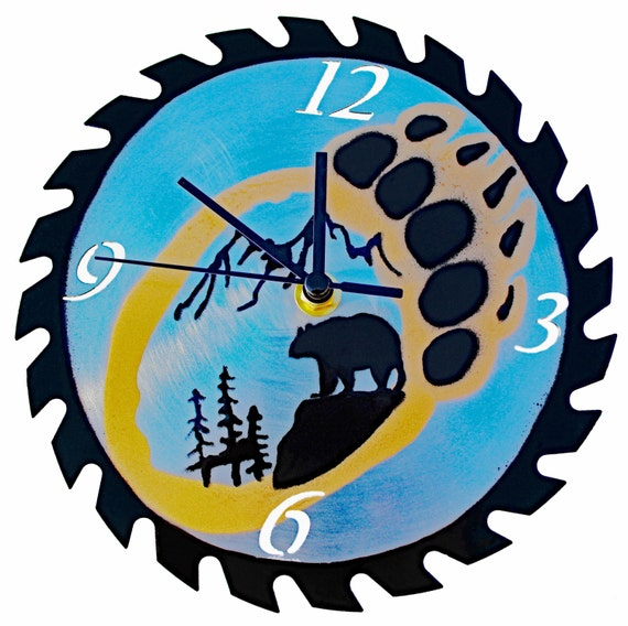 Bear Paw Silhouette Saw Blade Wall Clock Type 2