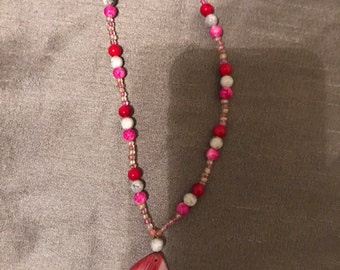 Pink beaded costume necklace for kids