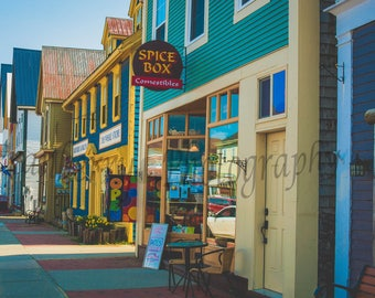 Scenic Picture - Window Shopping - St Andrews - New Brunswick - Canada - Local - Shopping - Colourful