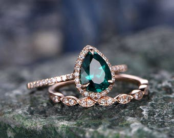 Green Emerald engagement ring SET-Solid 14k Rose gold-handmade Diamond ring-2pcsl Wedding ring set-6x8mm Pear cut  gemstone promise ring