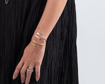 Wrap Bracelet, Wrap Bangle, Adjustable Bracelet, Women's Wrap, Brass Bangle, Stacking Bracelet, Bangle Bracelet, Unique Brass Jewelry