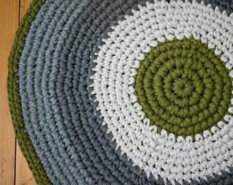 Olive and Grey Round Rug Crochet / Runder Gehäkelter Teppich Olive und Grau