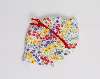 vintage 1970s floral baby bonnet