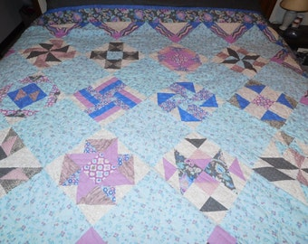 Double/Twin Hand Made Quilt. (70 x 88)