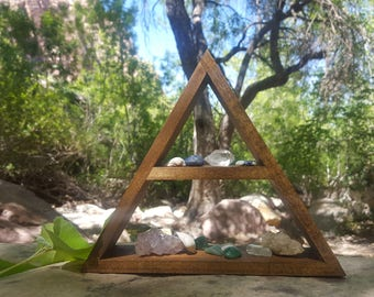 Small triangle crystal shelf