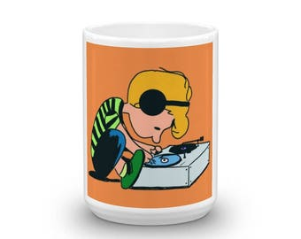 Peanut's Schroeder Record Player Mug - Vinyl Records - Playing Records - Dj Deejay Gift - Great Gift!