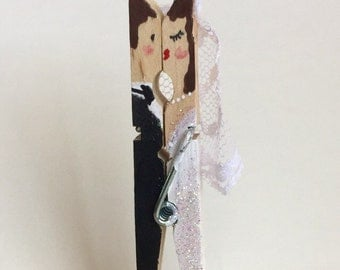 Bridal Shower Favors For Guests - Wedding Place Card Holders - Unique Bridal Shower Favor - Clothespin Bride and Groom - Pack Of 25 - Bridal
