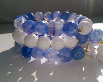 Natural gemstone Whiete jade and blue fire agate beaded bracelets.