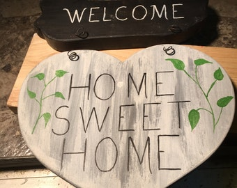 Welcome / home sweet home wooden sign