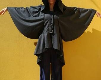 Vicuña jacket with wide hood