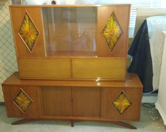 Vintage-Mid-Century-Danish-Modern-Walnut-Credenza-China-Cabinet-w-Bar-Yellow