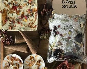 Spring Flower Bath Spa set, Spring Bath kit,Bath Spa, Herbal Bath Salts, Herbal Bath Soak gift, Salt Soak, Bridesmaid gift, Gifts for her