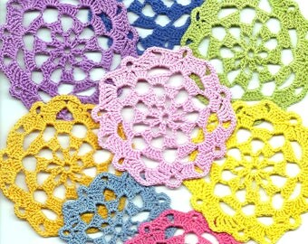 Set Of 8 Crocheted Doilies Crochet Medallions Assortment Mini Doily Boho Crafts Flower Dream Catcher Decorative Tea Time Coaster Home Decor