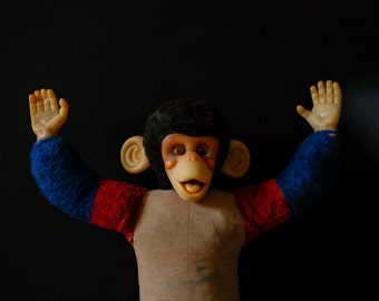 VINTAGE RETRO MONKEY 1970s Cheeky Surprised Characterful Funky