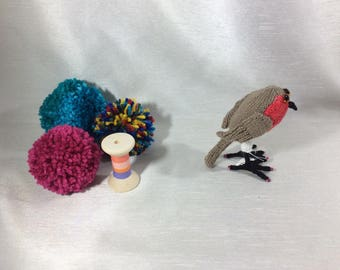 Small Robin, Vegan Bird...small size Knitted Robin. collectible