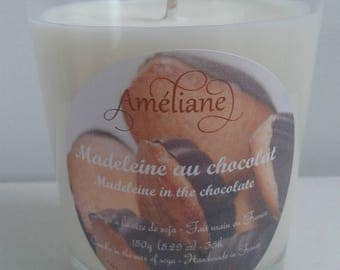 Madeleine chocolate scented candle / Perfumed candle Madeleine in the Chocolate