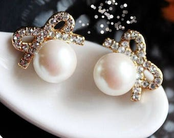 Crystal Pearl Bow Stud Earring