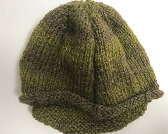 Woman's Hand-Knit Newsboy's Hat