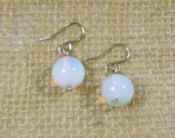 Free shipping / earrings, stone, Moonstone