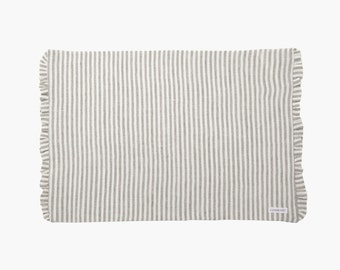 IDA linen placemat - stiff - with ruffle