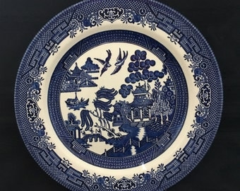 Amazing Vintage 1970's Churchill Blue Willow Pattern Dinner Plate
