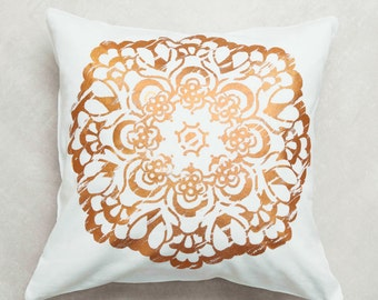 "Pillowcase ""Copper mandala"" 40 x 40 cm"