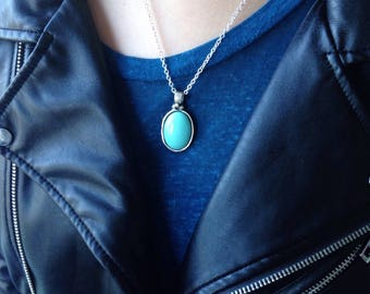 Blue Pendent Necklace