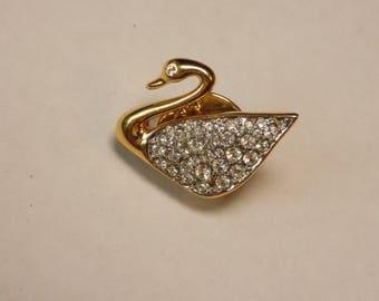 Swarovski crystal gold plate small lapel pin