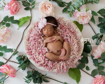 Newborn Digital Backdrop with Pink Flowers