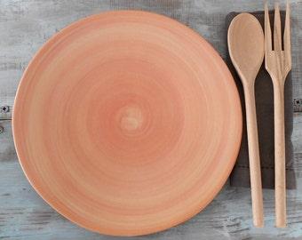 Dinner plate in ceramic orange