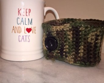camouflage coffee cup cozy cozie. Hot. Hunting.