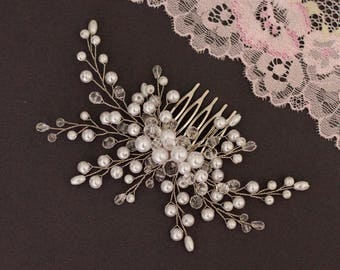 Bridal hair comb Wedding hair comb  Bridal hair piece  Wedding headpiece Bridal pearl hair comb Ivory pearl  hair comb White pearl hair comb