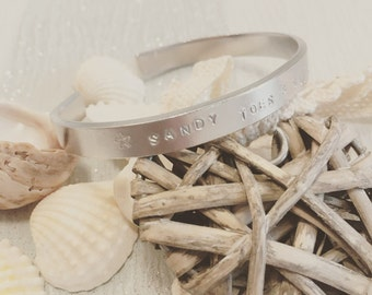 Sandy toes and salty kisses bangle